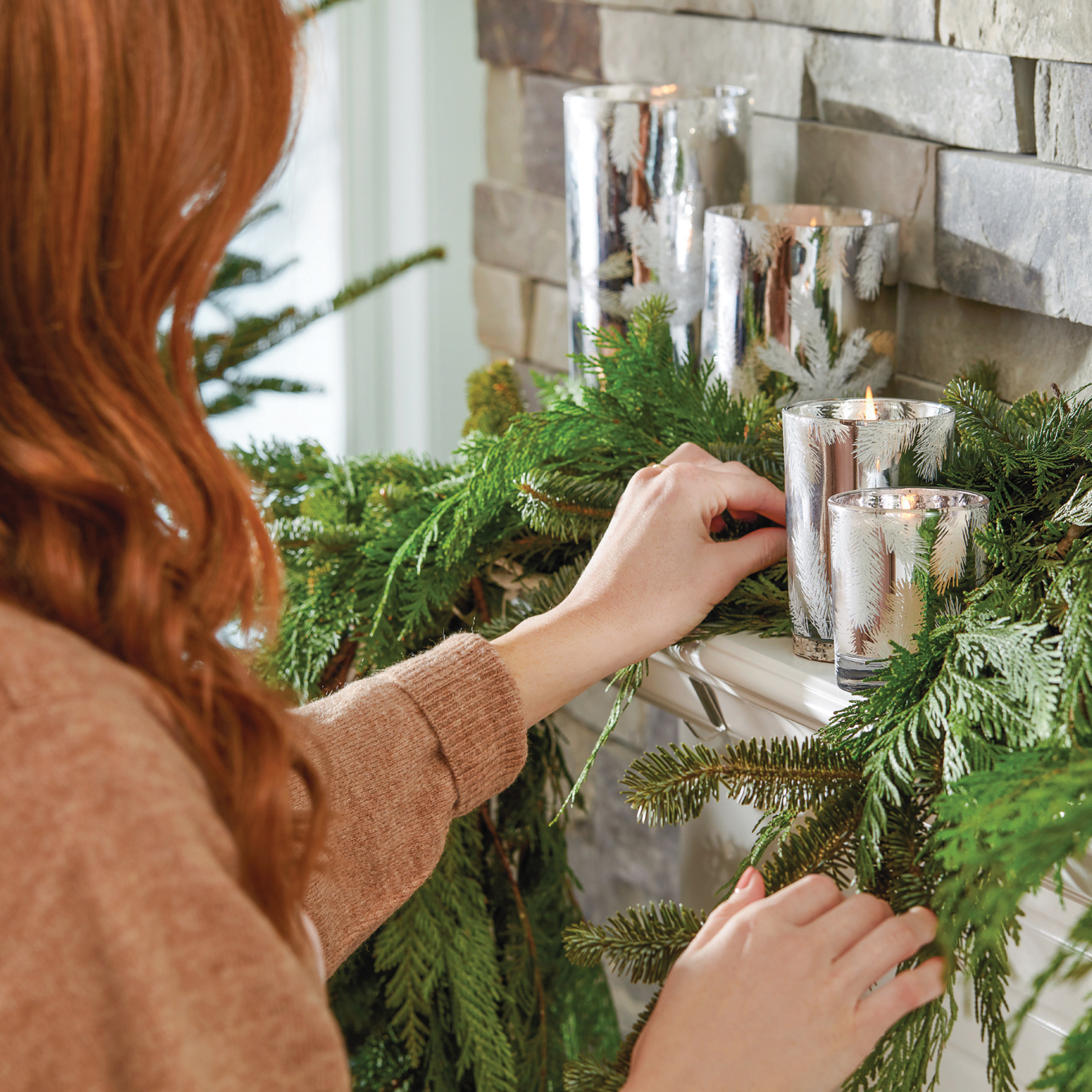 Thymes-Frasier-Fir-Statement-Holiday-2019-sq